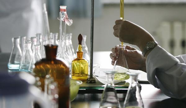 farmakologia-laboratory