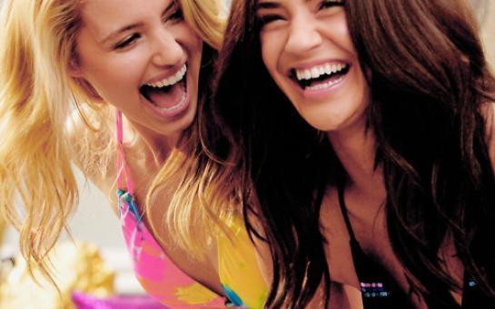 best-friends-dianna-agron-divas-fashion-friends-girls-favim.com-85845_large