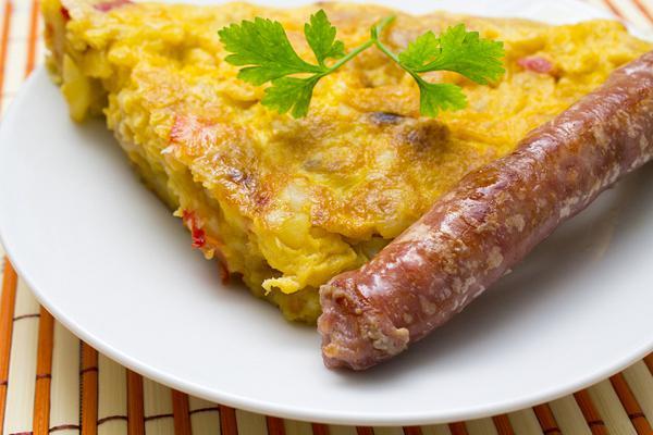 omeleta-fournou-me-loukanika-chefoulis.gr_